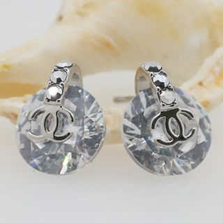Clear Swarovski Crystal Argent Rounded Stud Earrings