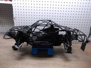 Team Associated SC8E 4x4 4WD 1 8 Chassis Short Course Truck Roller
