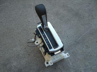 2005 Honda Civic Hybrid Automatic Shifter Assembly Shift Knob