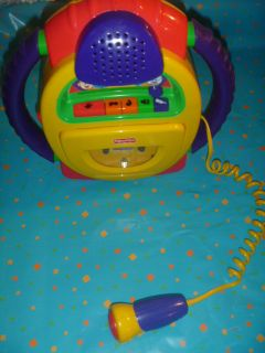 FISHER PRICE KIDS CHILDS AUDIO CASSETTE TAPE PLAYER RECORDER VOICE