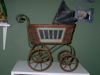 Adorable Vintage Pram Baby Doll Stroller Carriage Wrought Iron Wood
