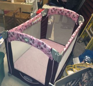 Used Graco Baby Crib Play Pen Pink Flower Design Great Condition With