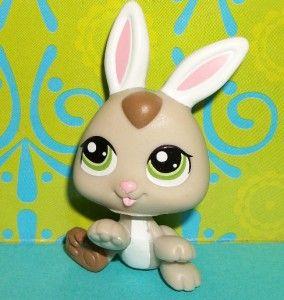 Littlest Pet Shop~#1334 DARK CREAM BABY BUNNY RABBIT PETRIPLETS~C104