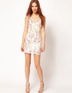 Vestido de corte recto con lentejuelas de colores de Warehouse
