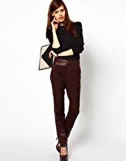 Oxblood  Ver chaquetas, vestidos, bolsos y accesorios en color guinda