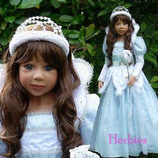 Masterpiece Snow Queen Brunette, Monika Levenig 48 Exclusive Full