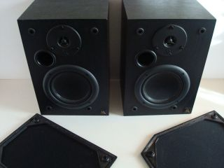 Pair of Acoustic Research AR 215ps Main Stereo Speakers