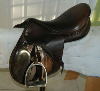 Amerigo La Belle Jumping Saddle w Stirrups and Stirrup Leathers Cover