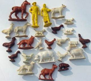 Vintage Auburn Barn Farm Animals Farmers Toy Playset Rubber Vinyl USA