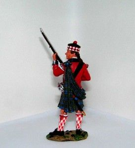 KING & COUNTRY AWI 42nd HIGHLANDER STANDING READY ( MINT & BOXED