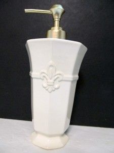 Bath Set Traditional Medallion Soap Lotion Dispenser Tumbler Fleur de