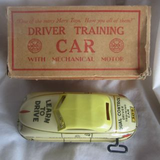 ANTIQUE TIN WIND UP DRIVER TRAINING MARX CAR W/ MECHANICAL MOTOR