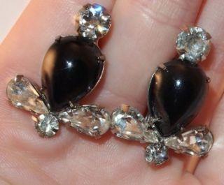 Vtg Big Flower Hematite Glass and Black Clear Rhinestones Pin Earrings