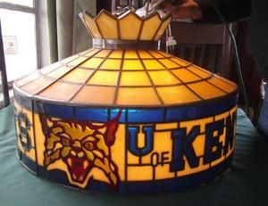 of KENTUCKY UK WILDCATS ROUND BILLIARD POOL TABLE LIGHT LAMP MAN CAVE