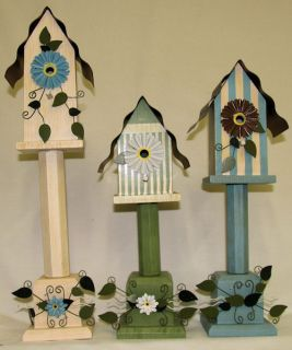 Decorative Birdhouses Set of 3 Wooden Spindle