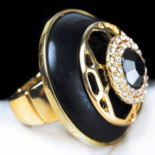 Black Gold Cracked Stone Circle Shield Rhinestone Gem Jewel Ring