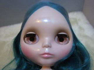 NEO Blythe Emerald Hair Factory Nude Doll 12