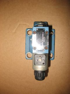 Bosch Rexroth DBW30A2 52 315U6EG12 Hydraulic Pressure Relief Valve New