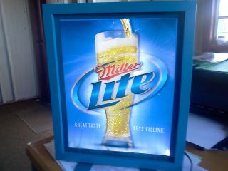 MILLER LITE LIGHTED FIBER OPTIC MOTION BEER SIGN MINT CONDITION