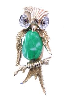 Vintage Boucher Green Glass Gold Tone Owl Pin Pretty