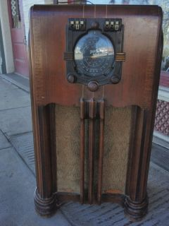 Vintage 1938 Zenith Floor Console Tube Radio Model 6S362