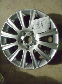 One 2007 2009 Buick Lacrosse Allure 17 Silver Finish Wheel 560 4069