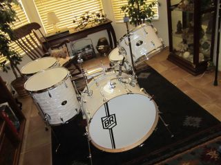 BUDDY RICH SIGNATURE CLASSIC DRUM KIT RARE OUT OF ISSUE UNUSED NEW