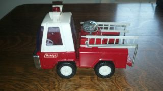VINTAGE BUDDY L WHITE & RED FIRE RESCUE TRUCK WITH BELL AND LADDERS