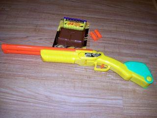 Buzz Bee Toys Double Shot Toy Gun 24 Foam Darts Plastic Case 2 Shells