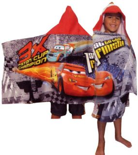 Cars Lightning McQueen 3X Champion Rust Eze Hooded Beach Pool Bath