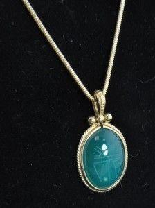 Estate Vtg Carla 14k Gold Green Onyx Carved Scarab Pendant Snake Chain