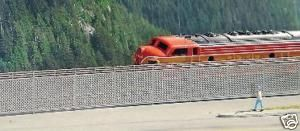 Chain Link Security Fence Kit HO Scale Micro Structures