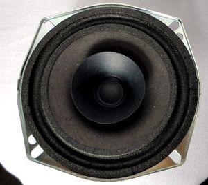 Cherokee Grand Cherokee 1994 1995 Speaker Part 56009045 Stereo Radio