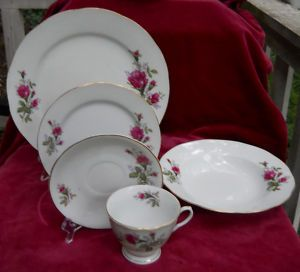 Moss Rose China Dinnerware Dinner Salad Plate Bowl Cup 14 Pcs Vintage