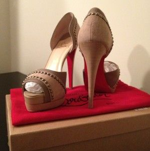 Auth Christian Louboutin Henry Studded Beige Suede Peeptoe 140 DOrsay
