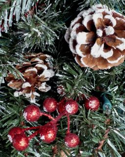 ADIRONDACK PINE SNOW TIPPED CHRISTMAS TREE / PINE CONES & RED BERRY