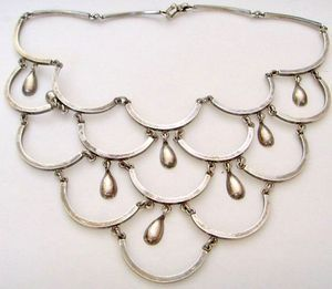 VINTAGE TALLERES de LOS BALLESTEROS 15 Tear Drop Necklace 86 grams