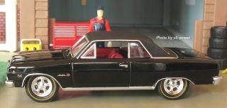 1965 Chevy Chevelle Malibu SS Z 16 Opening Hood w 396 CID V8 RRs 1 64