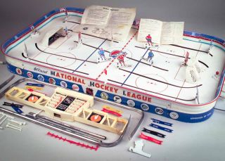 Vintage 1960s NHL Mr Hockey Game Tin Metal Table Top Chicago