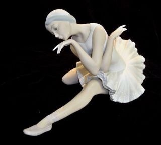 Retired DEATH OF A SWAN Ballerina   Matte Finish La Muerte del Cisne