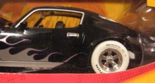 Lightning R25 1970 Pontiac Firebird Trans Am White Tires Base