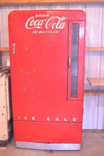 vintage *COKE MACHINE* w/LOCK & KEY Unrestored L@@K Ten Cent Bottle