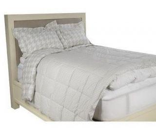 Liz Claiborne New York Houndstooth QN Blanket and Sham Set   H168597