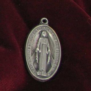 Creed or Auton Mary Sacred Catholic Signed Medal Silver Tone Religious