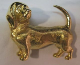 TRIFARI BROOCH~DACHSHUND~WIENER DOG PIN~GOLD TONE~COSTUME JEWELRY