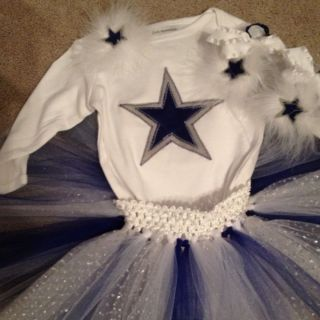 Dallas Cowboys Onesie 4 Piece Set Infant Size 0 3 mos Tutu Hairclip