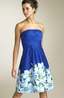 Donna Ricco Strapless Party Dress