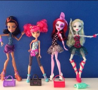 Monster High Dance Class Set Howleen Lagoona Robecca Operetta NIB