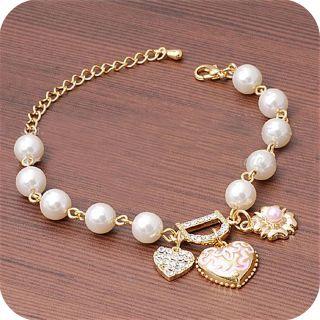 0050B Heart LetterD White Pearl Flower CZs Gold Color Hot Graceful