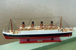 Titanic Vintage SHIP Handicraft Wooden Boat Model 33